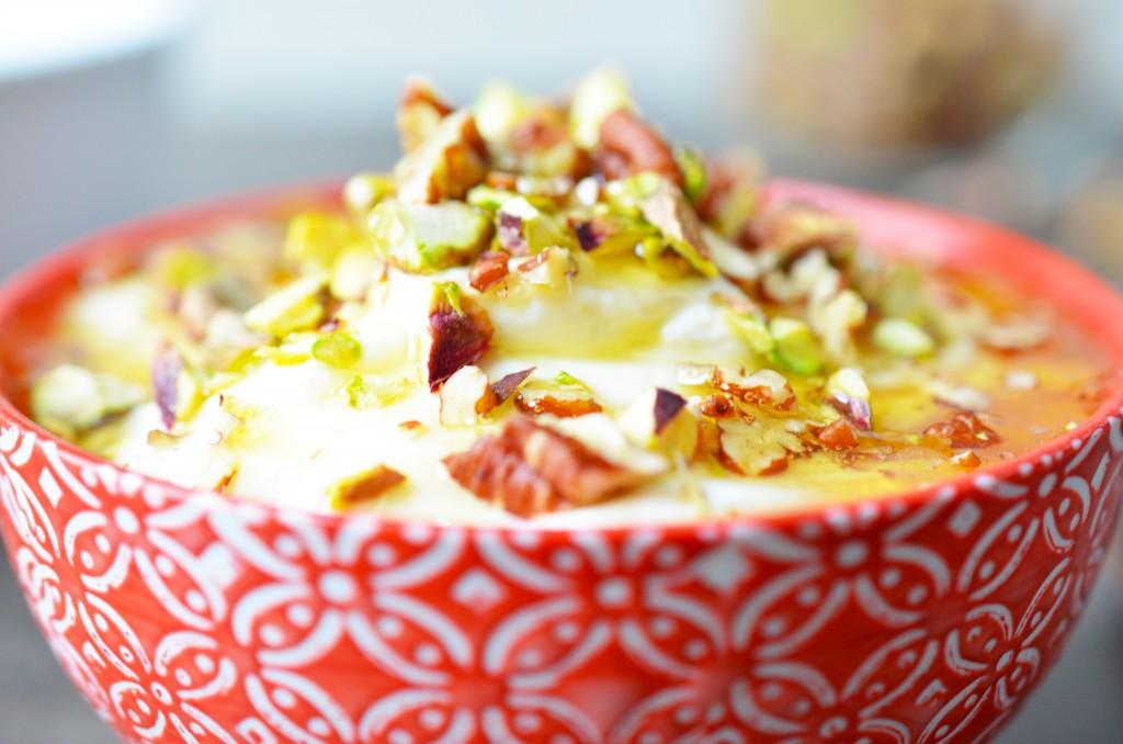 Zoom yaourt et miel à la fleur d'oranger